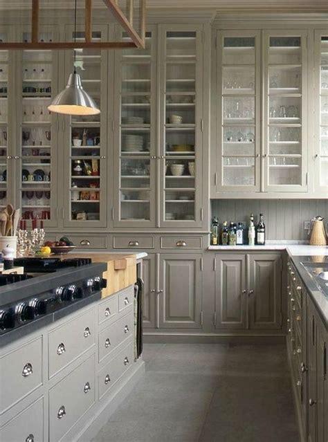 cuisine belge built in pantry space image via baden baden kitchens