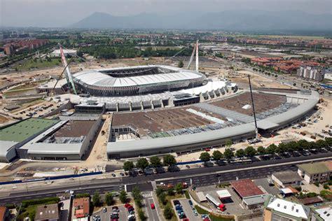 Panchina Juventus Stadium Di Centa Di Ronco Srl Tetti Coperture E Rivestimenti