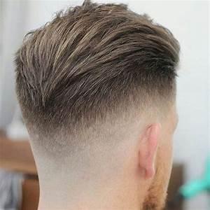 Lockige Haare Männer : slicked zur ck undercut frisur trendfrisuren m nner pinterest ~ Frokenaadalensverden.com Haus und Dekorationen