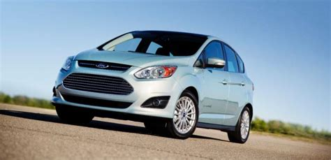 testing error forces ford  cut fuel economy ratings