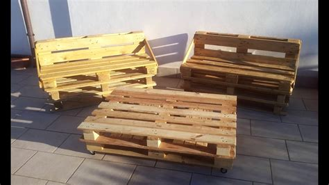 Divani Fatti Con Bancali Pedane Diy Pallet Couch And Table