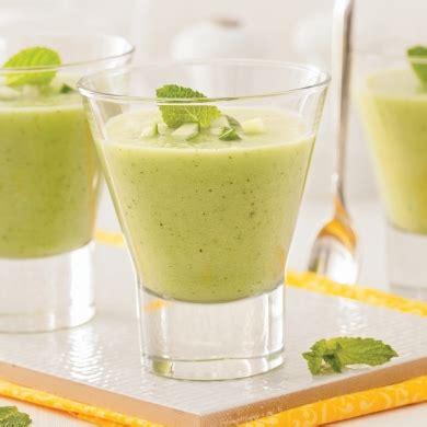 cuisine froide soupe froide au concombre et menthe en verrines recettes cuisine et nutrition pratico pratique