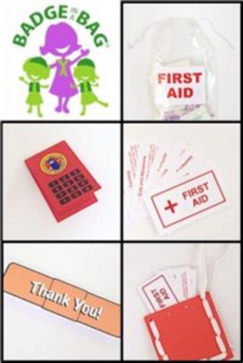 kid friendly  aid kits scout leader  blog