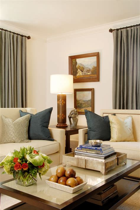 Living Room Wall Arrangements by Design Of Flower Arrangement Living Room Traditional With