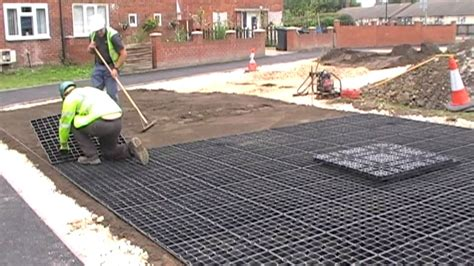 rubber floor tiles car park surfacing and parking reinforcement with
