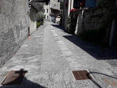 pavimentazioni selciati strade  cubetti ciottoli