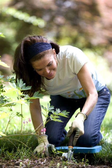 picture profile sweet brunette girl garden