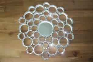 deko selbst gemacht diy deko pailletten spiegel aus papprollen selbst machen deko kitchen