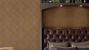 5 Questions to Ask When Hiring a Wallpaper Pro