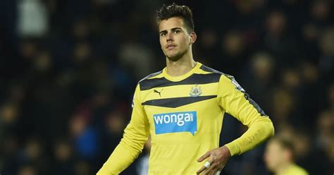 Newcastle Defender Backs Karl Darlow to Shine in Goal ...