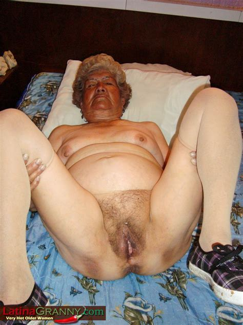 Smoder - Granny Sex and Mature Sex Forum - Latina Grannies