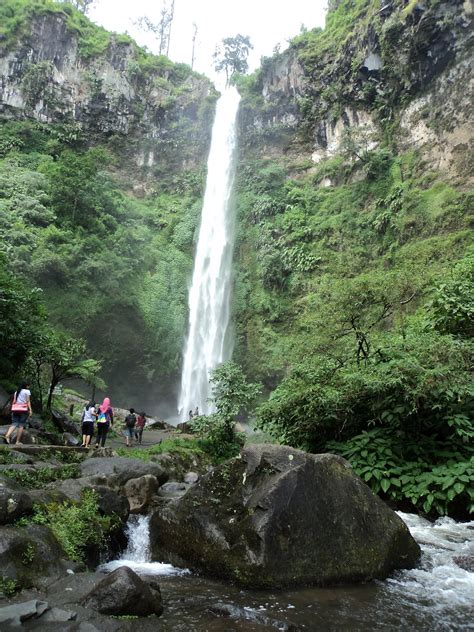tempat wisata  jawa timur  wajib dikunjungi