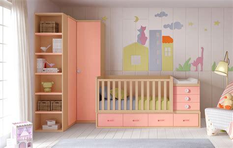 chambre bébé évolutive berceau bébé fille bc30 lit évolutif avec 4 coffres