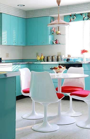 peinture table cuisine 17 meilleures idées à propos de repeindre les tables de