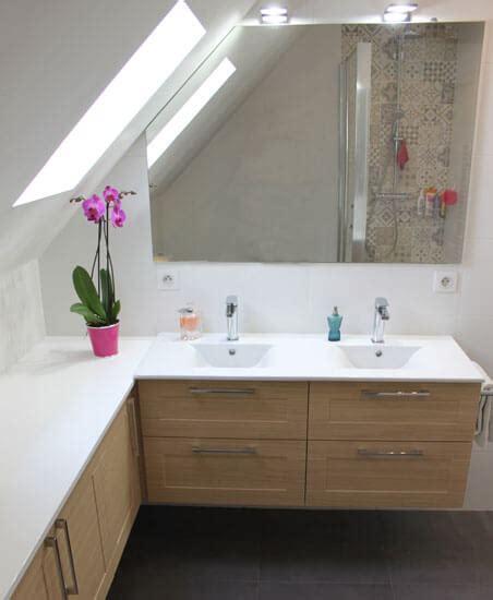 une salle de bain sur mesure sous pente atlantic bain