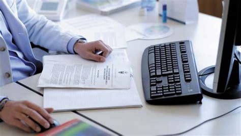 tugas  tanggung jawab administrasi keuangan tugas