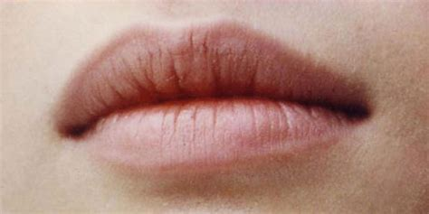 8 Tips to regain your natural lip color   Beauty Ramp