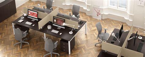 Scrivanie Call Center by Quali Sono I Giusti Mobili Ufficio Per Call Center