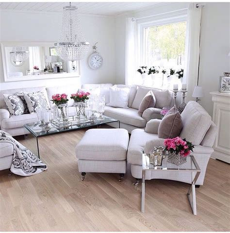 beautifully designed the use of neutral furniture and