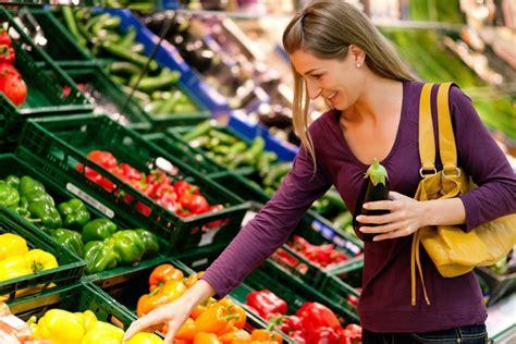 Buying Foods in Season   ThriftyFun
