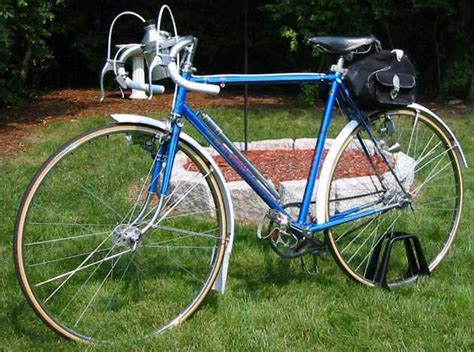 Retro Raleighs: The Raleigh Clubman by Peter C. Kohler