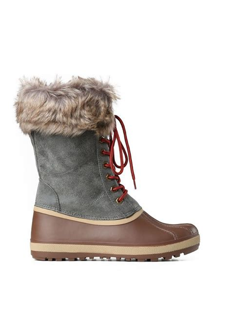 ugg duck shoes on sale treck duck boots in duck boots the o 39 jays and tans