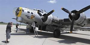 Vintage B-17 Flying Fortress crashes with seven people ...