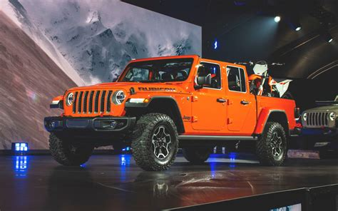 jeep gladiator  long awaited pickup finally