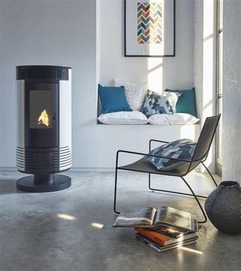 poele à granulés design poele a bois design et contemporain nos suggestions maison cr 233 ative