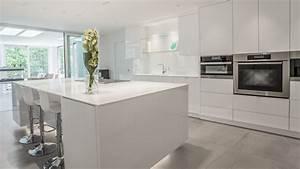 Armoire De Salle De Bain : mesmerizing armoire de cuisine contemporary simple ~ Dailycaller-alerts.com Idées de Décoration
