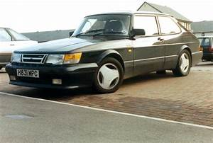 1990 Saab 900 - Information And Photos