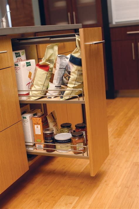 cardinal kitchens baths storage solutions  pantry