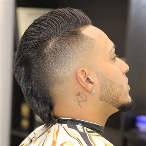 marvelous   haircuts  men  shapely addition
