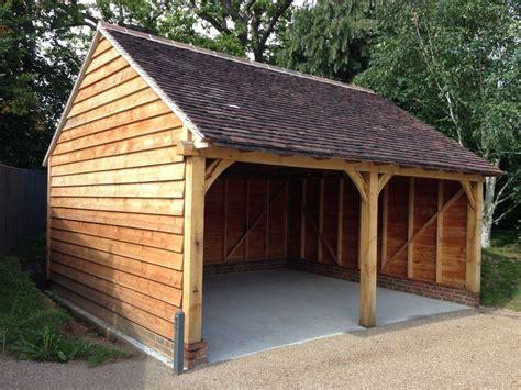 Oak Framed Garage / Cart Lodge