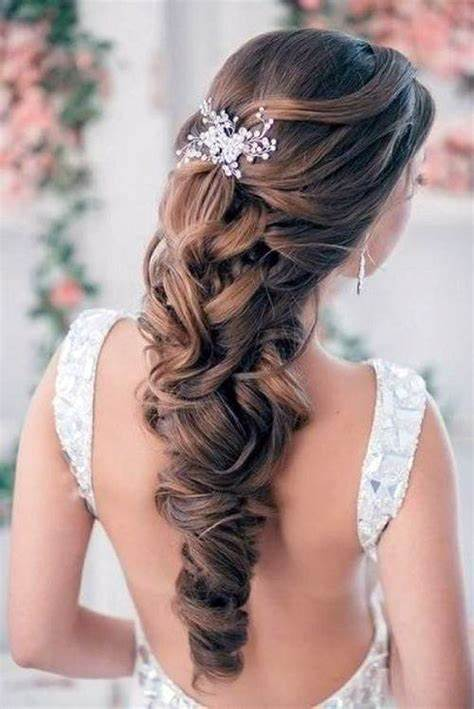 Wedding Hairstyles Down Curly For Bride Pictures : Fashion