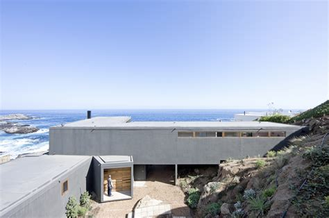 Gorgeous Minimalist Home Overlooking The In Chile by Beautiful Minimalist House Overlooking The In Chile
