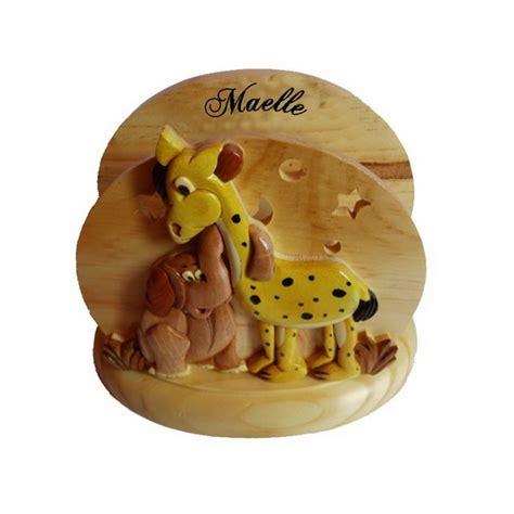 le de chevet veilleuse en bois pour b 233 b 233 et enfant girafe 233 l 233 phant avec pr 233 nom deco