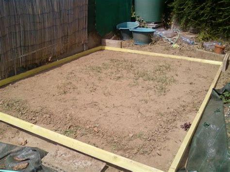 r 233 alisez une dalle en b 233 ton pour votre abri de jardin partie 1 2 reussir ses travaux