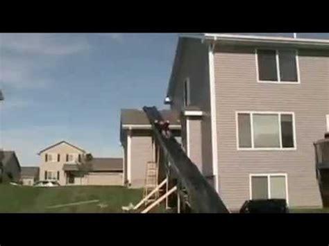 foto de Funniest fat guy water slide YouTube