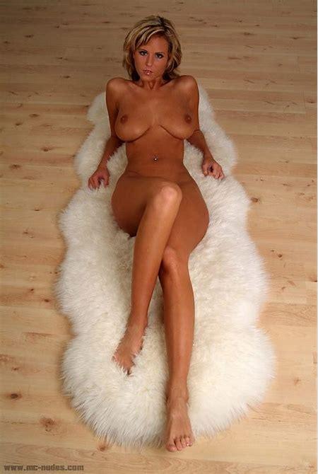 Raylene on fur - Leenks Smut