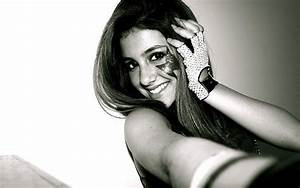 Ariana grande black white smile gesture celebrity free ...