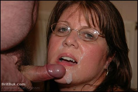 milf sandy and her spunky glasses
