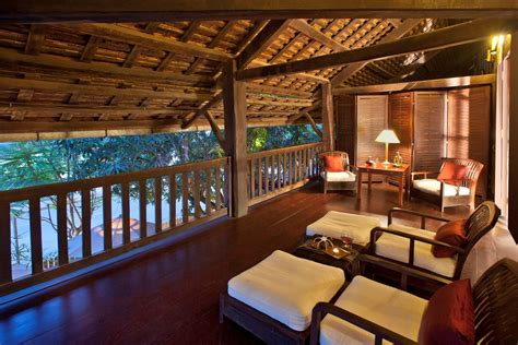 luxury boutique hotels luang prabang best riverside hotel luang prabang