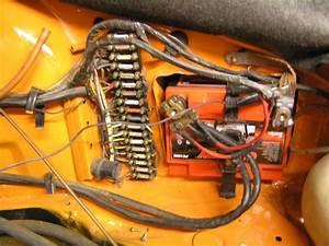 911 Fuse Panel Question