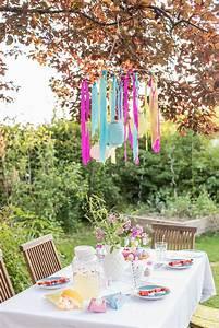 Deko Für 1 Geburtstag : tischdeko im garten zum kindergeburtstag leelah loves ~ Buech-reservation.com Haus und Dekorationen
