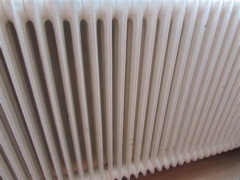 peinture radiateur fonte nos conseils pour bien choisir