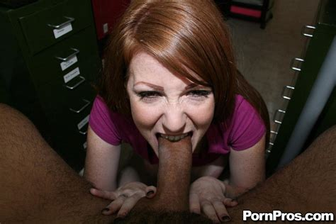 Beautiful Redhead Niki Rhodes Enjoys A Hot Pov Fuck