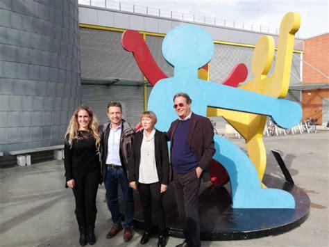 Coop di ponte a greve, italy. Keith Haring al Centro*Ponte a Greve - Informatore Coop.fi
