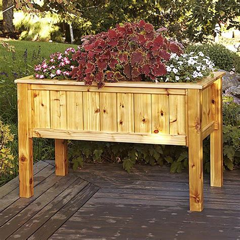 elevated planter box raised planter box woodworking plan from wood magazine