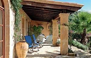 Mediterraner Stil : mediterraner stil berdachte terrasse wohnen garten ~ Pilothousefishingboats.com Haus und Dekorationen
